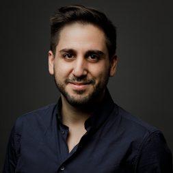 תומי בראב בהרצאה מעניינת בנושא שיווק וטכנולוגיה
